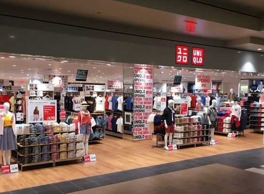 UNIQLO · Bronx, NY - UNIQLO Bay Plaza