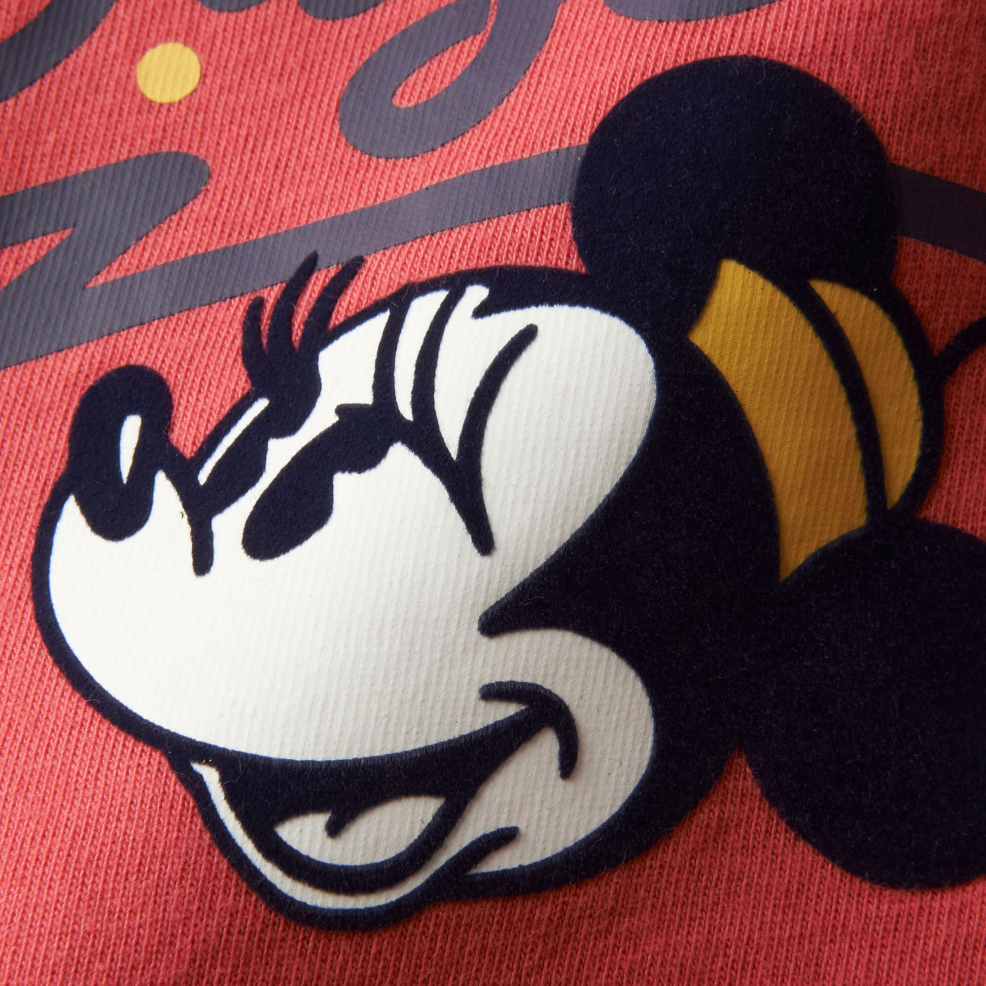 0e193b70d Uniqlo WOMEN LOVE & MICKEY MOUSE COLLECTION GRAPHIC T-SHIRT at £4.9 ...
