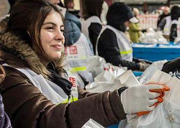 舉行以服裝為中心的緊急災害支援活動