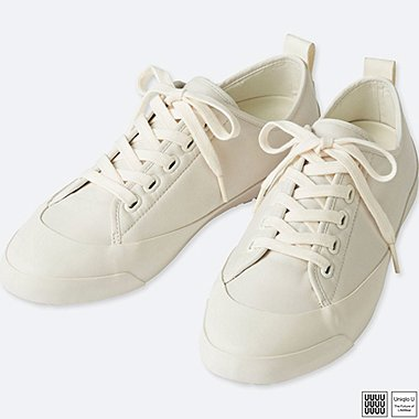 UNIQLO U SNEAKERS