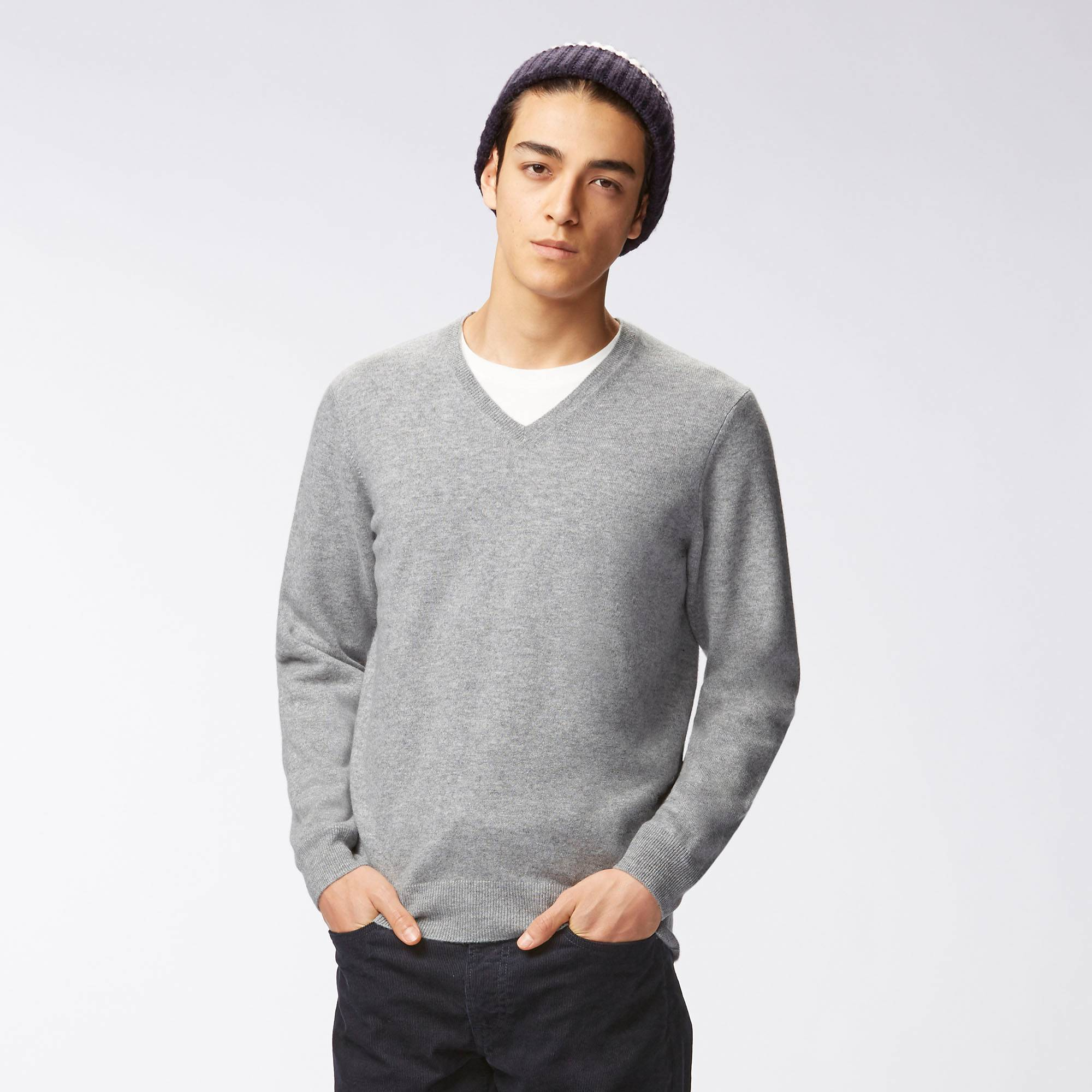 MEN CASHMERE V-NECK SWEATER | UNIQLO US