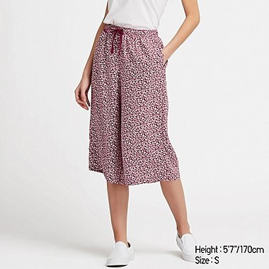 WOMEN RELACO SMALL FLOWER 3/4 SHORTS, WINE, medium