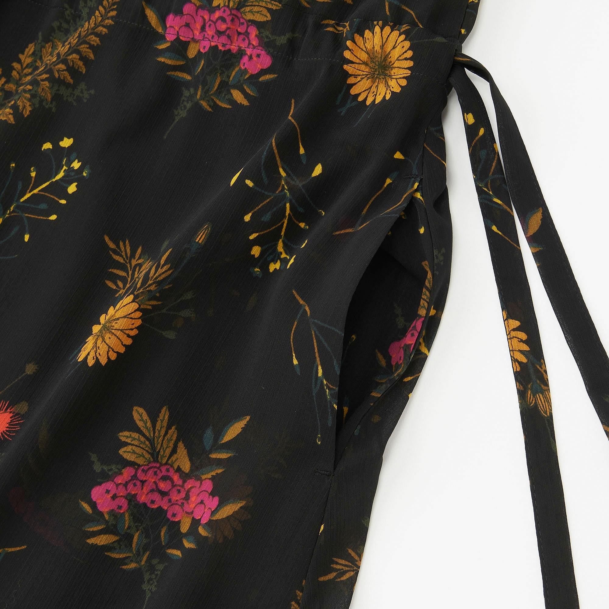 250c9c3f6e0 Uniqlo WOMEN CHIFFON PRINTED LONG SLEEVE DRESS at £24.9
