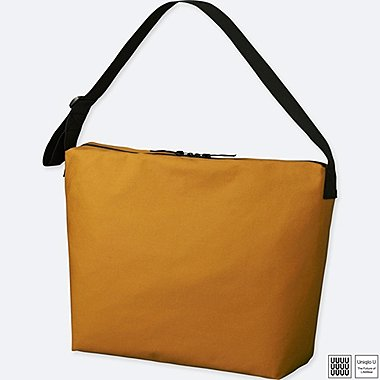 UNIQLO U SHOULDER BAG