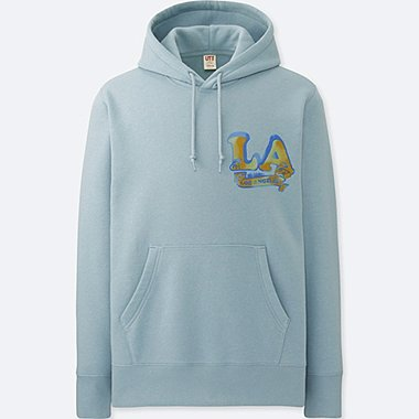 MEN MICKEY TRAVELS GRAPHIC HOODIE, LIGHT BLUE, medium