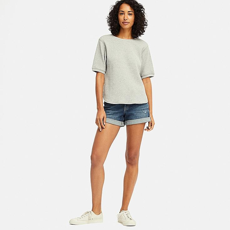 WOMEN MID-RISE ROLL-UP DENIM SHORTS (ONLINE EXCLUSIVE), BLUE, large