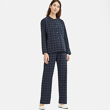 WOMEN SOFT STRETCH LONG-SLEEVE PAJAMAS, NAVY, medium